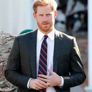 Prinz Harry: Warum er so oft seinen Ehering berührt