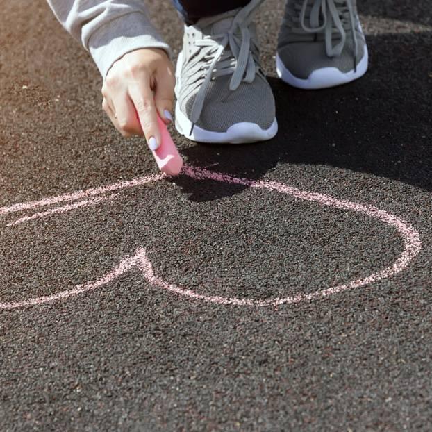 Herz mit Kreide gezeichnet