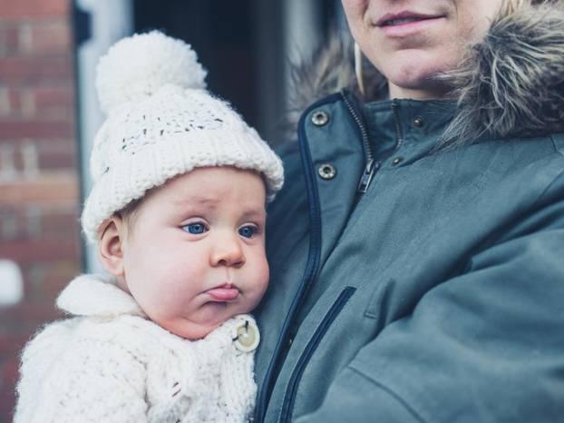 Mommy wars - Frauen schieben Kinderwagen