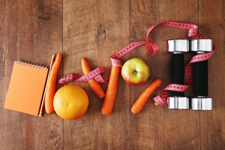 Balance Regeln - Äpfel, Möhren, Maßband und Hanteln
