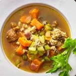 Arabische Gulasch-Bowl mit Süßkartoffeln