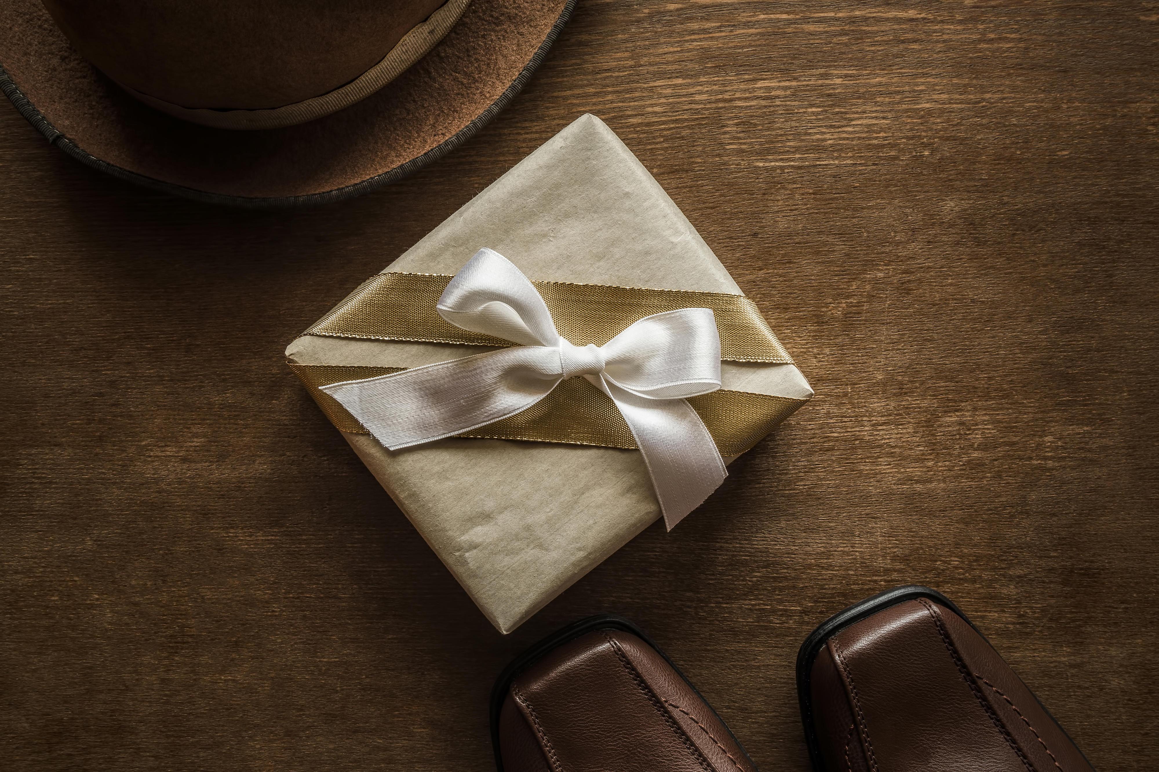 Kanada: Mann öffnet Weihnachtsgeschenk nach 48 Jahren | BRIGITTE.de