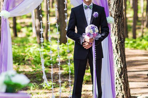 Reddit: Ein einsamer Bräutigam vor dem Traualtar