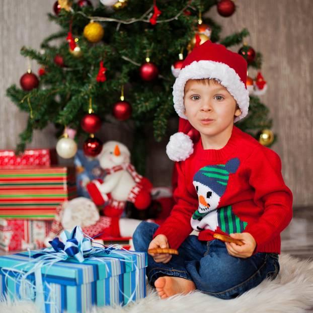 Brigitte Weihnachtsgeschenke.Zetel Junge Ruft Polizei Weil Ihm Weihnachtsgeschenke Nicht