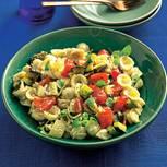 Orecchiette-Salat mit geröstetem Gemüse