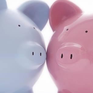 Geiz in der Beziehung - Sparschweine