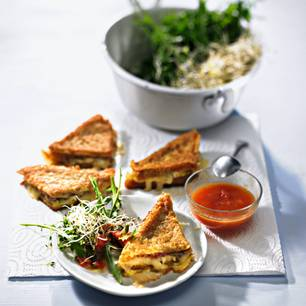 Arme Ritter mit Kressesprossen-Salat