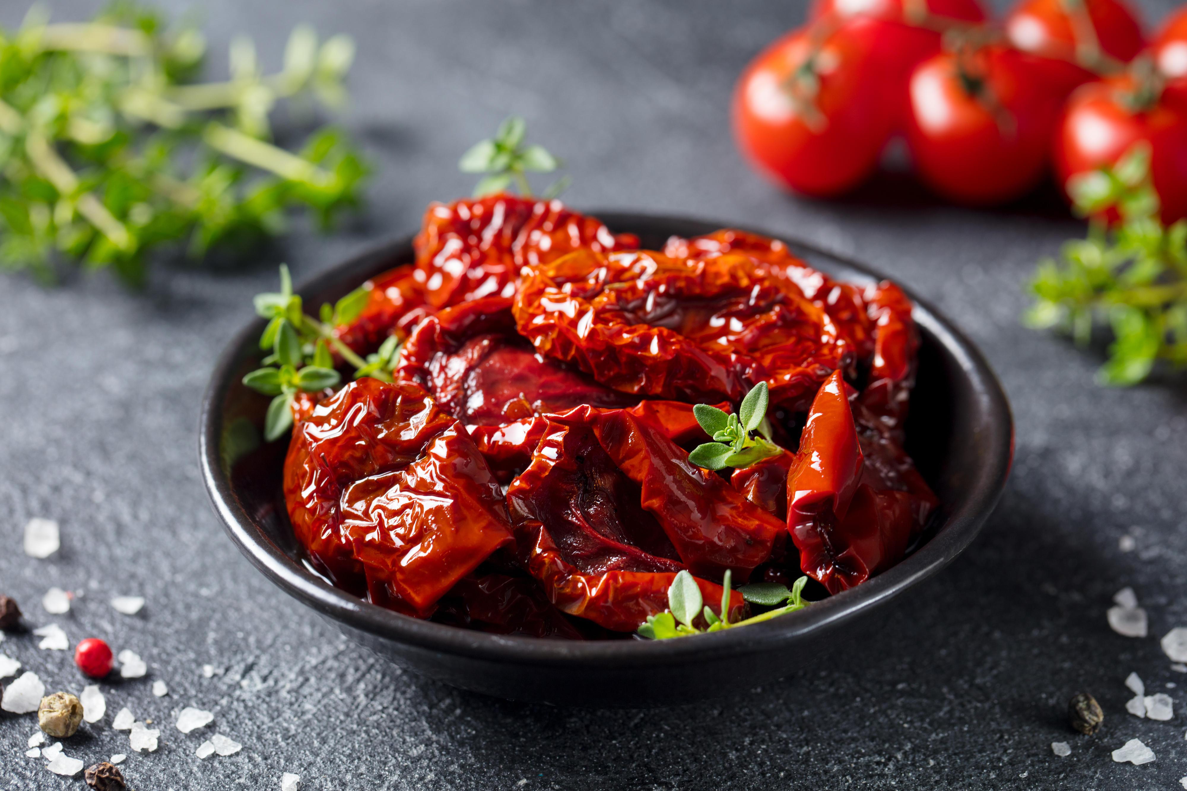 Sommerküche Quiz : Tomaten trocknen: diese 3 varianten gibt es brigitte.de