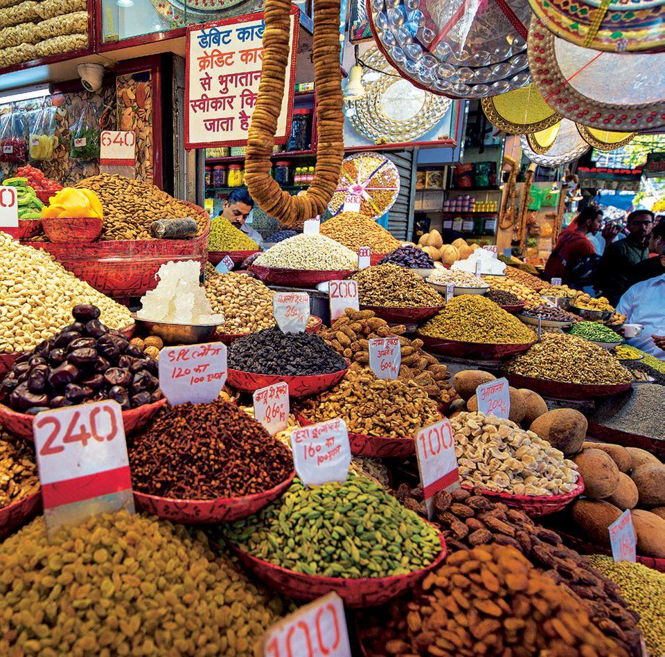 Rajasthan: Bild von dem Gewürzmarkt in Delhi