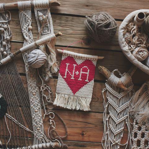 Valentinstags-Deko: selbstgemachte Wanddeko zu Valentinstag