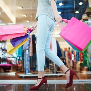 54 kilo abgespeckt: Frau geht shoppen