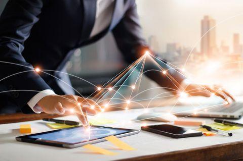 Was ist Network Marketing?: Bedienung mehrerer Tablets und Smartphones