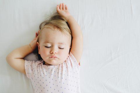 Weißes Rauschen: Dieses Geräusch bringt jedes Baby zum schlafen!