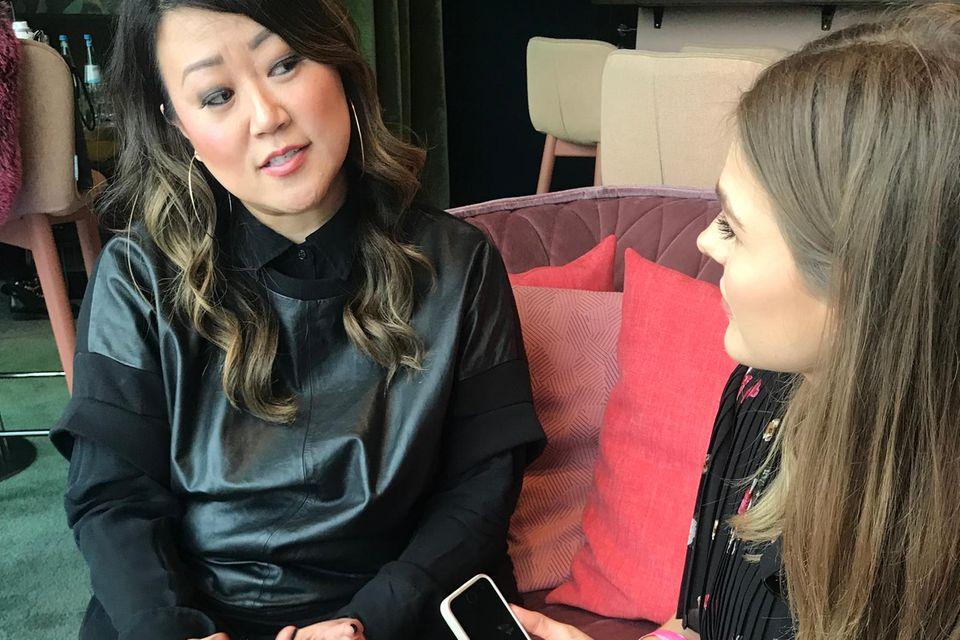 Make-up wie vom Profi: Grace Lee im Interview mit Brigitte-Redakteurin Friederike