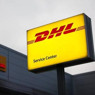 DHL Sendungsverfolgung: DHL Service Center von außen