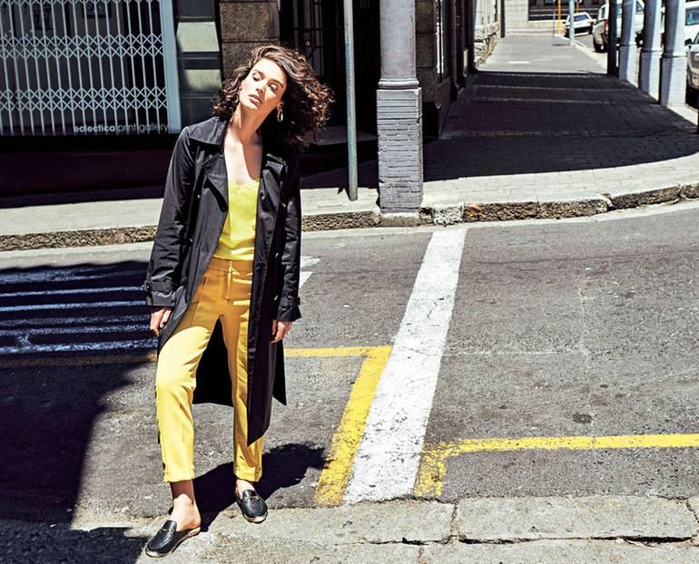 Sommermantel-Trends 2019: Streetstyle Trenchcoat