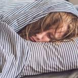 Müde trotz genügend Schlaf: Mediziner enthüllt die Ursache