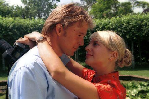 Rosamunde-Pilcher-Filme: Paar umarmt sich