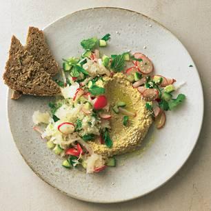 Hummus mit Krautsalat