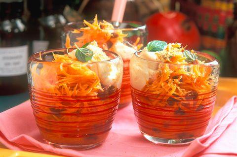 Möhrensalat mit Orangenschmand
