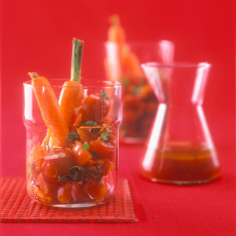 Roter Tomaten-Möhren-Salat