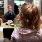 Mit dieser Rede rührt Robbie Williams Tochter ihn fast zu Tränen