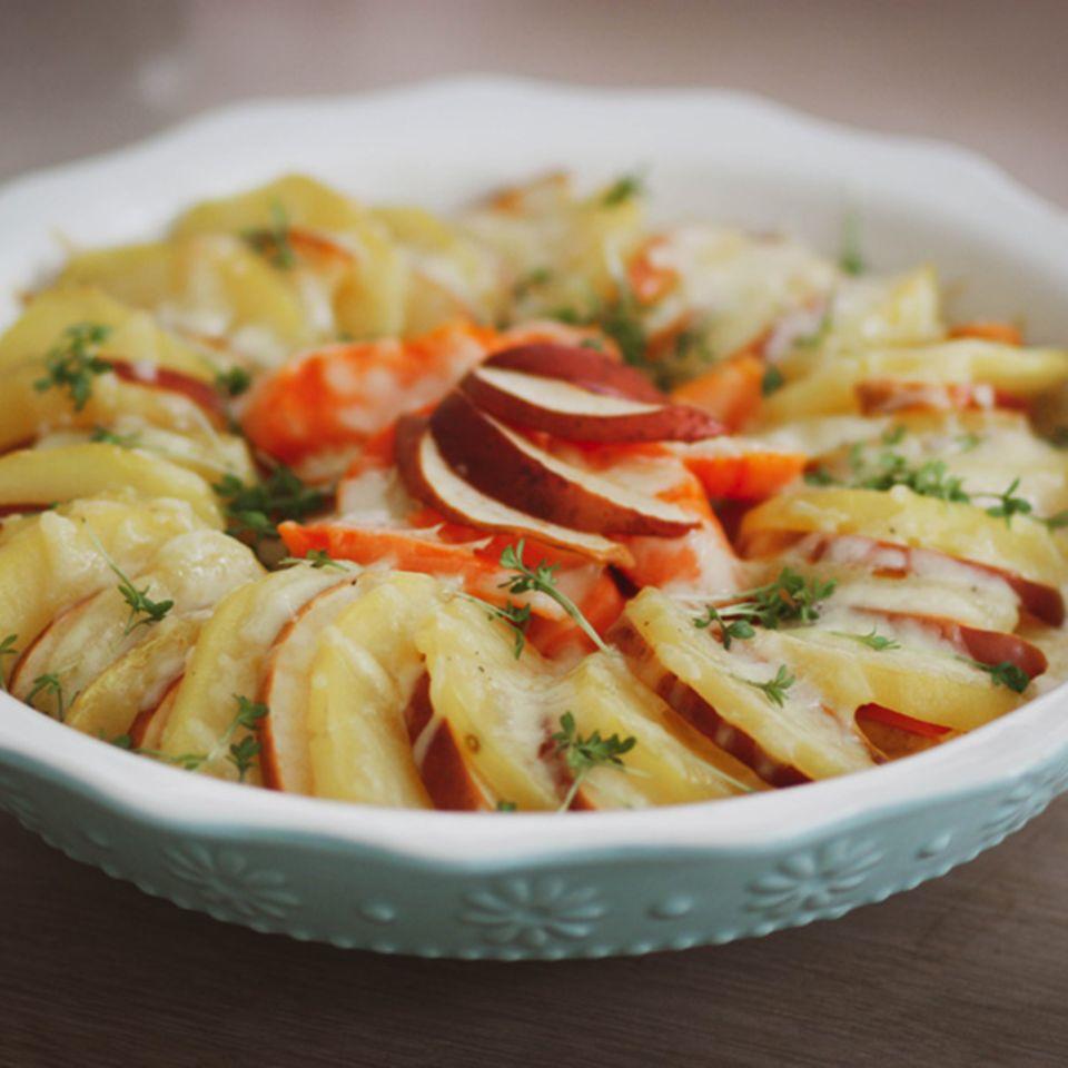 Kartoffel-Möhren-Apfel-Auflauf