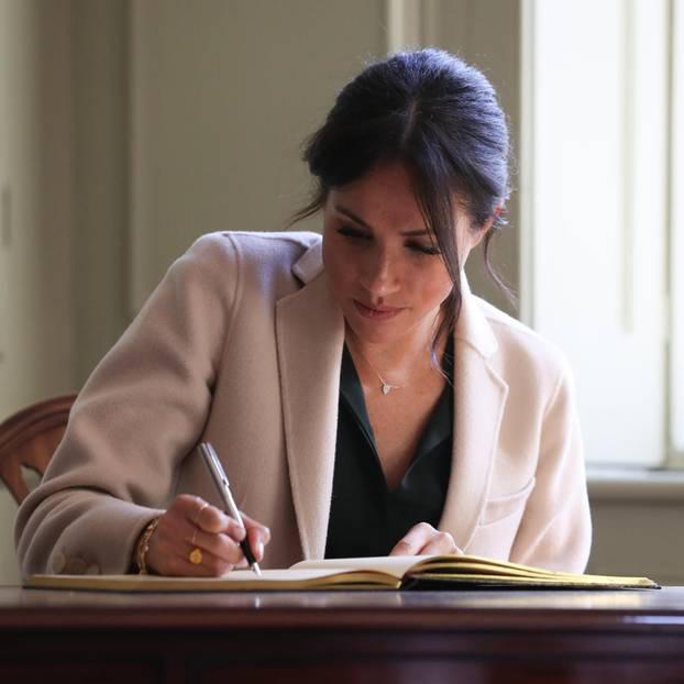 Was Meghans Handschrift über sie verrät