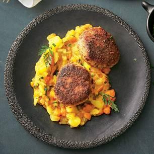 Frikadellen mit Kartoffel-Möhren-Gemüse