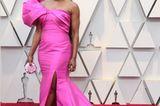 Sie war nicht die einzige, die bei den Oscars 2019 auf Pink setzte, aber definitiv die, der es am besten stand – dank der Traum-Robe von Reem Acra.