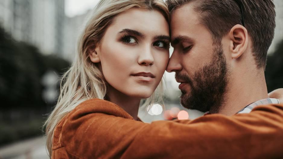 Sternzeichen: So machst du deine Beziehung kaputt