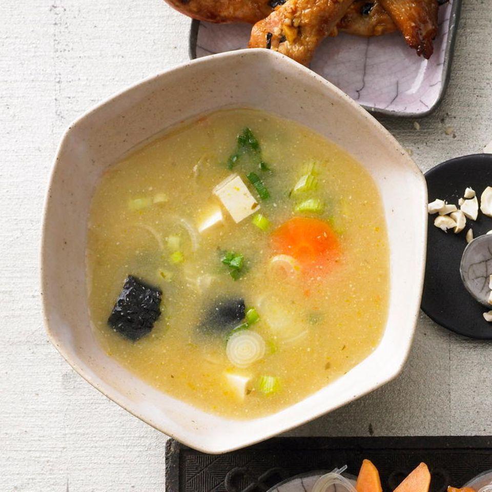 Misosuppe mit Tofu