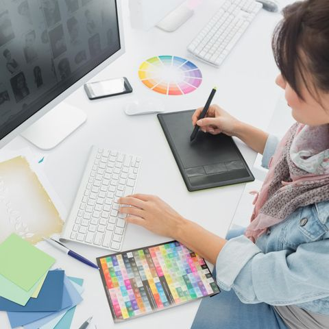 Mediengestalter Gehalt: Kreatives Arbeiten am PC