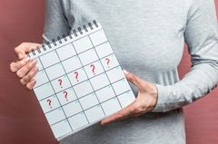 Woran erkenne ich die letzte Blutung - Kalender mit Fragezeichen