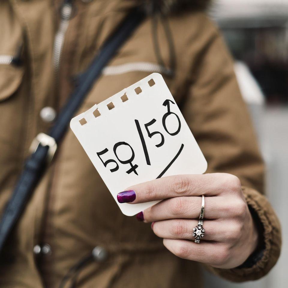 21 Prozent weniger: Gender Pay Gap - 50/50 Männer und Frauen