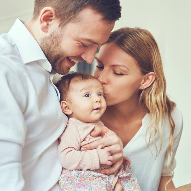Pampers-Studie: So fühlen sich Eltern wirklich!