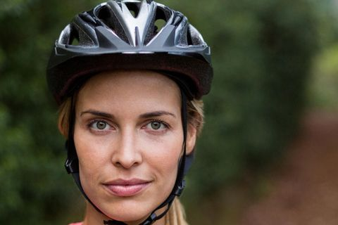 Sexistische Werbung für Fahrradhelme