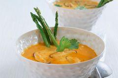 Thai-Spargeltopf mit Zitronengras
