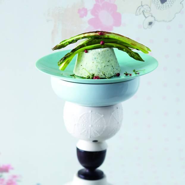 Kresse-Eis an Spargelsalat