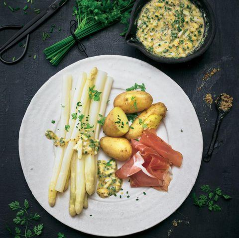 Spargelgerichte: Spargel mit Kartoffeln