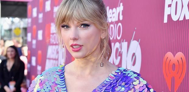 Taylor Swift: Das hätte man nicht von ihrem Outfit erwartet!