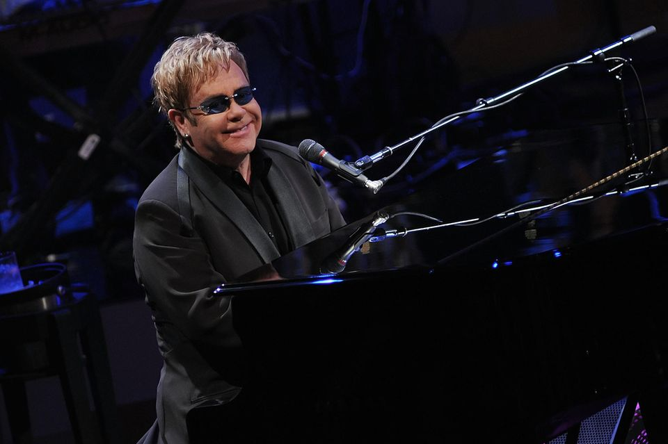 Elton John soll Meghans Baby Klavierunterricht geben