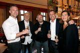 """Vorempfang zum Cocktail Prolongé in dem neuen Hotspot von Baden-Baden """"Fritz & Felix""""-Bar im Brenners Park-Hotel & Spa. Björn Strumann (Coty), Markus Wahl (Longchamp), Heiko Hager (G+J), Markus und Cornelia Grefer (PUIG Deutschland)."""