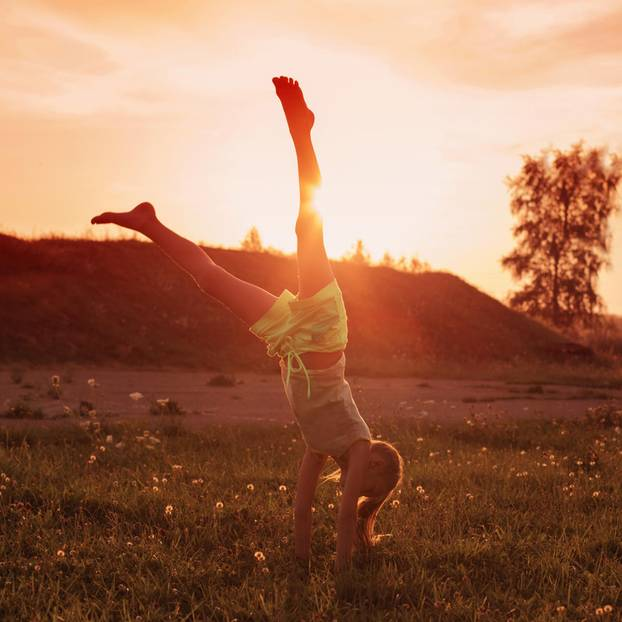 10 Wege, deinem Kind ein positives Körpergefühl zu vermitteln