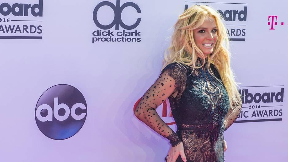 Sorge um Britney Spears: Deswegen hat sich die Sängerin in die Psychatrie einweisen lassen