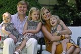 König Willem-Alexander & Königin Máxima mit den Prinzessinnen Ariane, Catharina-Amalia und Alexia