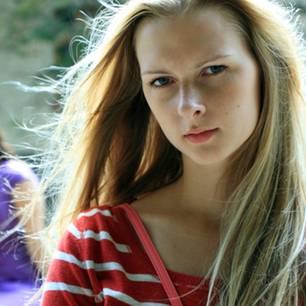 Falsche Freundschaft: So erfährst Du, ob Du Dich auf Deine Freundin verlassen kannst