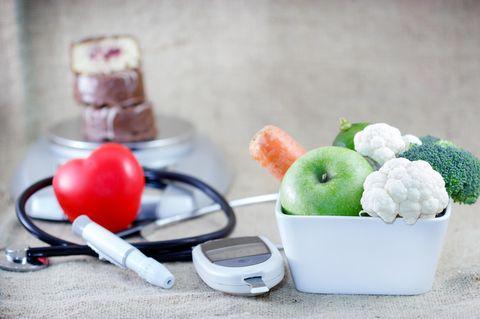 Ernährung bei Diabetes: Spiegelei in Pfanne