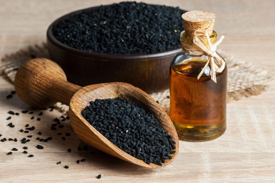 Schwarzkümmelöl gegen Zecken: Schwarzkümmel