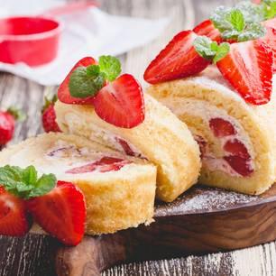 Erdbeerroulade Rezept